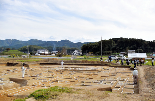 【歴史】「日韓の共同研究が進むきっかけになる」 朝鮮出身の渡来人、100年早く奈良に移住か 最古級の建物跡発見