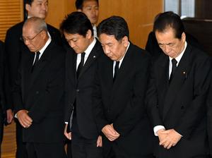 仙谷由人さんお別れの会に千人 与野党議員らが参列