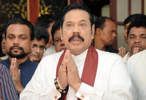 スリランカの首相が辞任 中国か...
