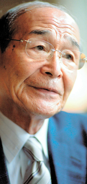 陛下の字ですね」作歌の相談役が語る逝去直前の出来事:朝日新聞デジタル