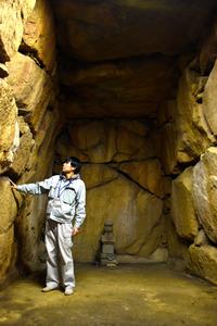 奈良)ぶらっとやまと 水泥北古墳 敷地内に石室