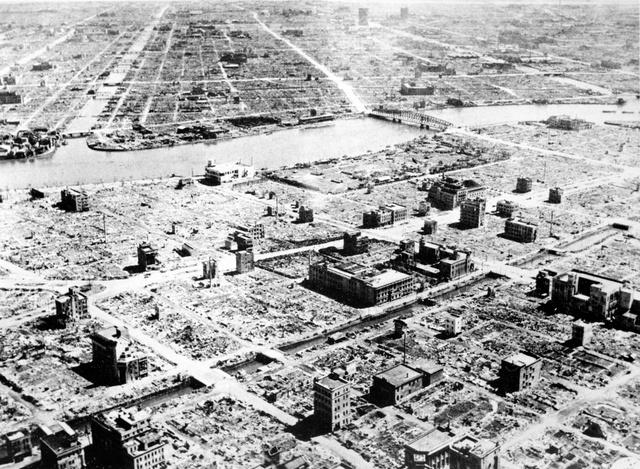 空襲 東京 大