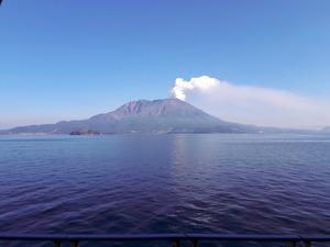 桜島の大規模噴火、マグマ蓄積のメカニズム判明:朝日新聞デジタル