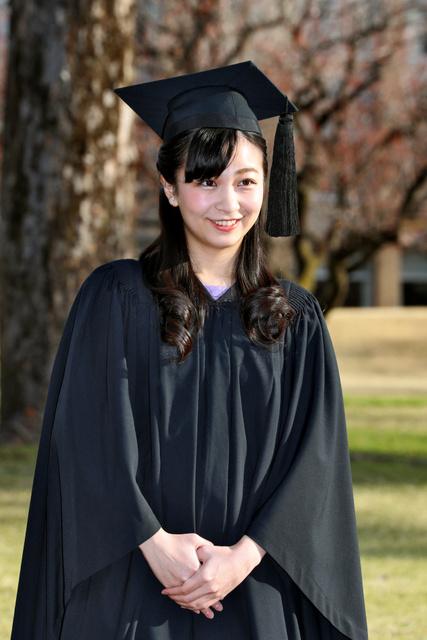 佳子さま、ICUを卒業「仕事に活かすことできれば」:朝日新聞