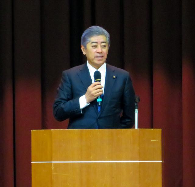 asahi.com - 岩屋防衛相「私が今、責任者。沖縄の問題は正直つらい」朝日新聞デジタル