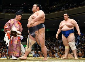 再出場の貴景勝敗れ、全勝2力士にも土 大相撲夏場所:朝日新聞デジタル