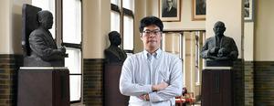 (インタビュー)医療費削減の幻想 医療経済学者・康永秀生さん