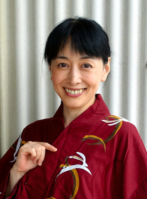 ポニーテールの先までさくらで 横山智佐、OSKと共演:朝日新聞デジタル