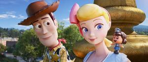 「トイ・ストーリー4」の主人公ウッディと羊飼い人形ボー (C)2019 Disney/Pixar. All Rights Reserved.