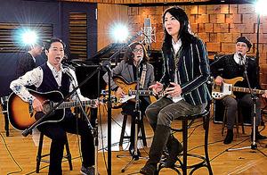 大学の先輩の杉真理さん(左端)とは2013年のシングル「Dear Angie~あなたは負けない」で共演した=竹内さん提供