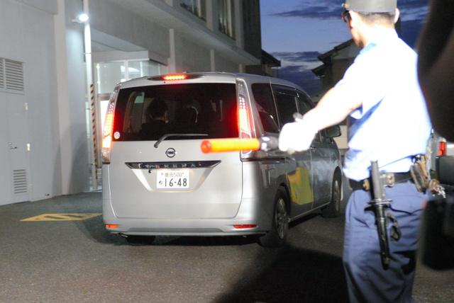 あおりエアガンの男、車損壊容疑で逮捕「腹立ち撃った」:朝日
