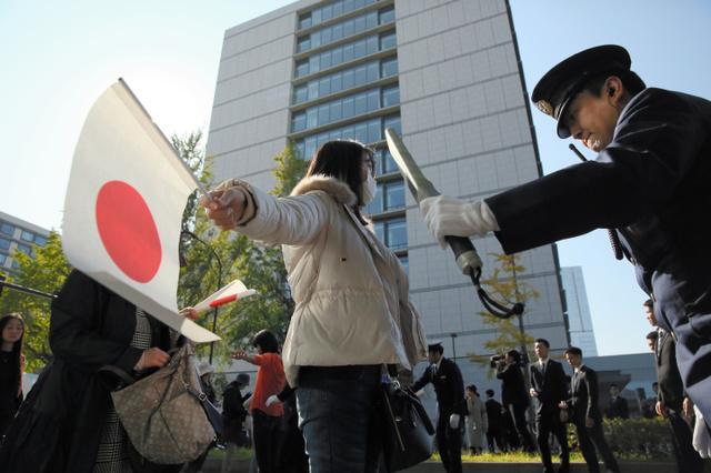 写真まとめ】歓声あふれたパレード 天皇、皇后両陛下:朝日新聞デジタル
