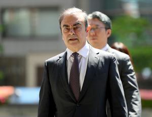 ゴーン被告が日本出国か レバノン入り、海外紙「逃走」:朝日