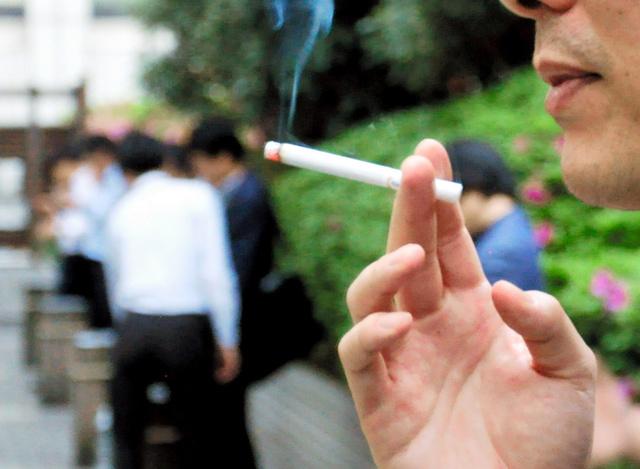 率 喫煙 致死 者 コロナ
