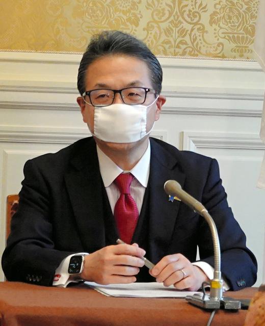 総理 小さい 安倍 マスク