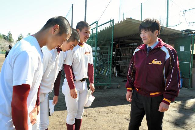 常総学院新監督に投手コーチの島田さん 元プロ野球選手 - 高校野球 ...