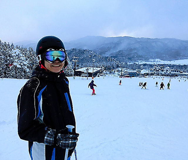 病名がわかって症状が改善し、趣味のスキーも楽しめるようになった=男性提供