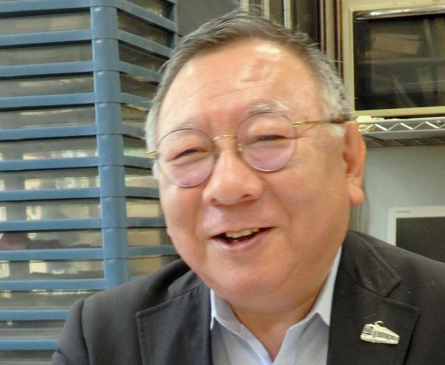 日本大学の岩井奉信教授=東京都千代田区