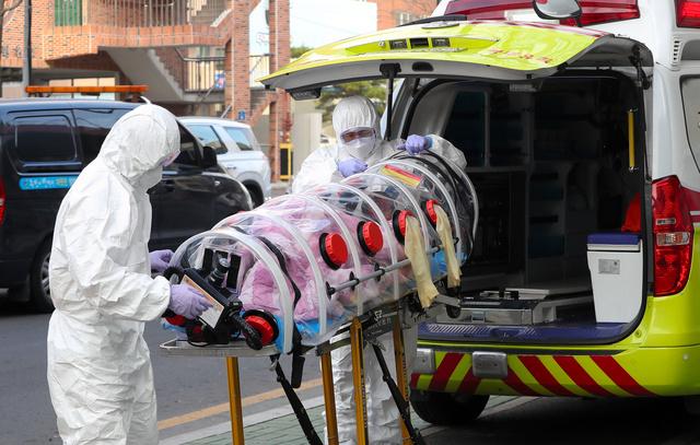 韓国の感染過去最多、1日950人に 2割超は経路不明 [新型コロナウイルス ...