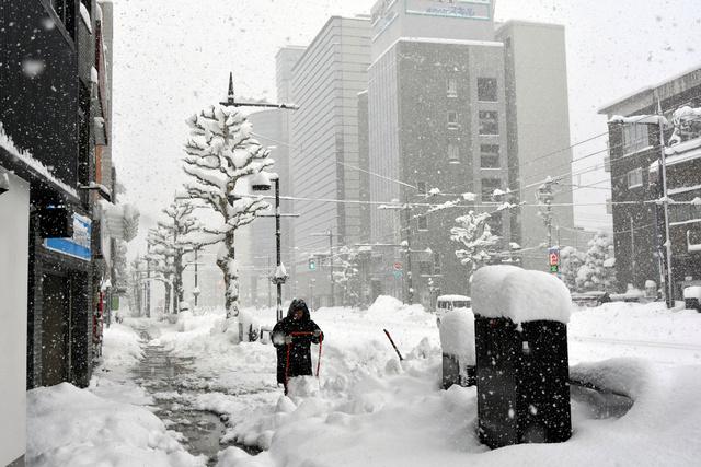 積雪 予想 富山