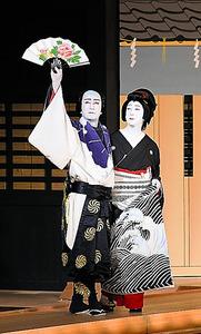 「神田祭」の坂東玉三郎(右)と片岡仁左衛門 (C)松竹