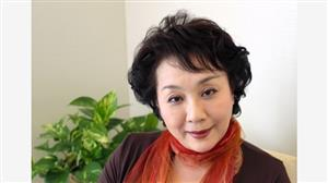 寿ひずるさん=2013年11月13日、東京都千代田区、伊藤菜々子撮影