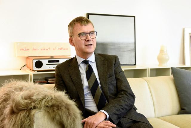 駐日アイスランド次期大使のステファン・ヨハネソン氏=2021年2月22日、東京都港区、笠原真撮影