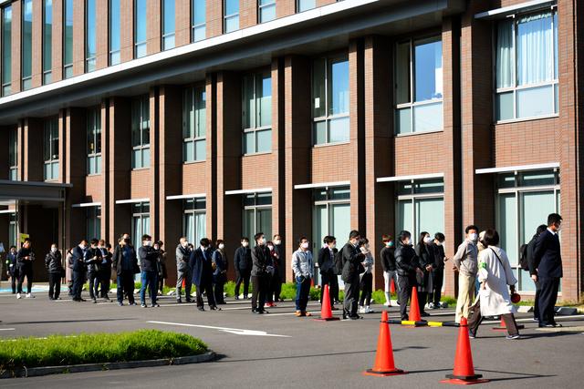 ホームレス襲撃死論告 検察側が懲役8年と6年を求刑:朝日新聞デジタル