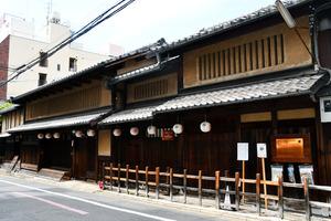 杉本家住宅の外観=2021年4月15日、京都市下京区、高井里佳子撮影