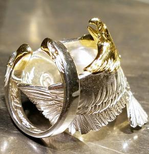 スティーブン・タイラーさんが愛用しているという指輪(ケンキクチ提供)
