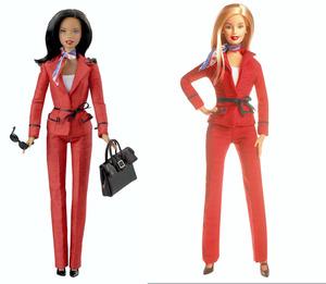 2004年に発表された大統領候補のバービー。左の人形は褐色の肌をしている=マテル社提供