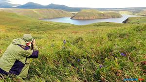 近くに旧日本軍の陸軍飛行場があった択捉島北部のトウロ沼=2020年9月、サハリン・インフォ提供