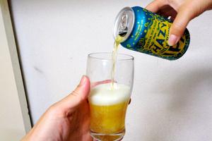 多彩なクラフトビールがスーパーマーケットに並び始めた。いったい、どれを飲んでみればいいのか――。