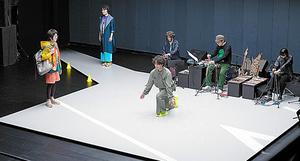 神奈川芸術劇場「未練の幽霊と怪物-『挫波』『敦賀』-」=高野ユリカ氏撮影