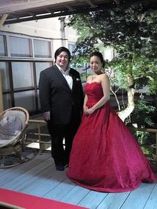 体重が過去最高の136キロほどあった頃の高橋泰臣さん(左)