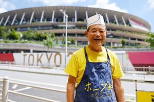 ホープ軒の牛久保英昭社長=2021年8月4日午前、東京都渋谷区、井手さゆり撮影(いずれも撮影時のみマスクを外しています)