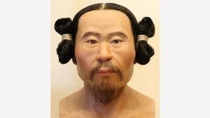 古墳人の男性の復顔像。群馬県渋川市の金井東裏遺跡で出土した頭蓋骨(ずがいこつ)から復元された=群馬県立歴史博物館提供