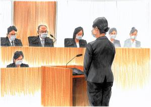 判決を聞く北井小由里被告=2021年9月24日、東京地裁、絵と構成・小柳景義