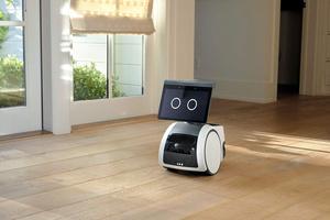 米アマゾンが年内に999ドルで発売でする家庭用ロボット「アストロ」=同社提供