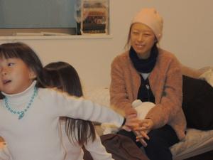 みどりさんは訪問看護師の鈴木さんに「ごくふつうの生活がしたい」と望んだ=2020年1月12日、家族提供