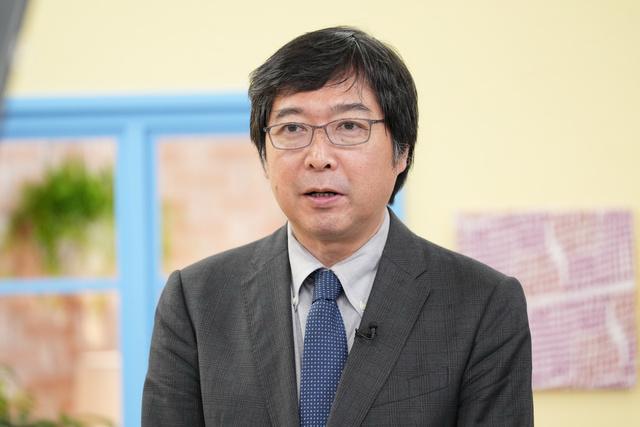 特別共催者としてあいさつをする東京大学未来ビジョン研究センター長の城山英明さん=2021年10月1日、東京都中央区、井手さゆり撮影