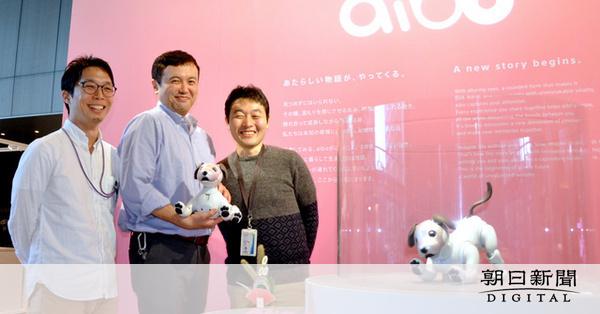 【aibo】アイボ復活、鍵は「机の下開発」 有志が空き時間に試作 ソニー ->画像>10枚