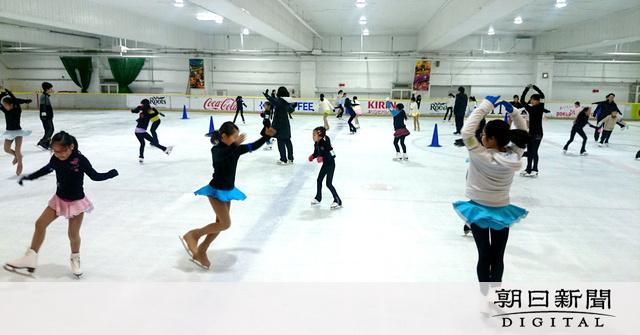 羽生も滑ったリンク、来年閉鎖 スケーターから悲痛の声:朝日新聞デジタル