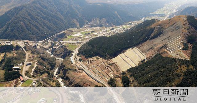 地震で埋まった国道57号、来月開通 熊本市と阿蘇結ぶ