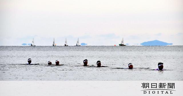 寒中水泳、よーゆこーれ 16歳「引き締まりました」