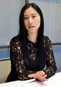 三浦瑠麗氏「両陛下の後、引き継ぐだけで十分重い務め」:朝日新聞デジタル