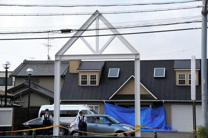 会社の車庫に遺体を遺棄した疑い、不動産会社社長を逮捕:朝日新聞デジタル