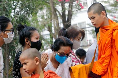 新型 肺炎 カンボジア