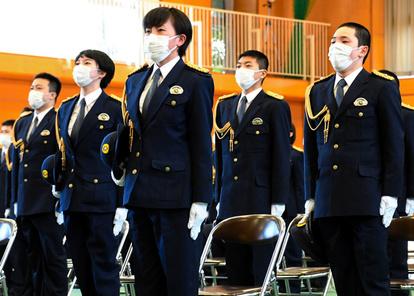 警察 学校 コロナ