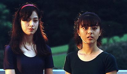 評・映画)「Wの悲劇」 尖った才能で国民的ヒット:朝日新聞デジタル